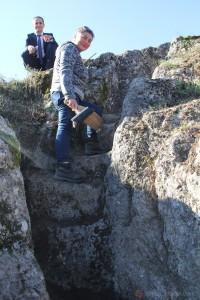 Samsun Müze Müdürlüğü gözetiminde, Kavak Belediyesi ile Samsun Büyükşehir Belediyesi işbirliğinde Kaledoruğu Höyüğünde yürütülen çalışmalar sırasında kaya basamakları açığa çıkarıldı. (Mustafa Günay - Anadolu Ajansı)